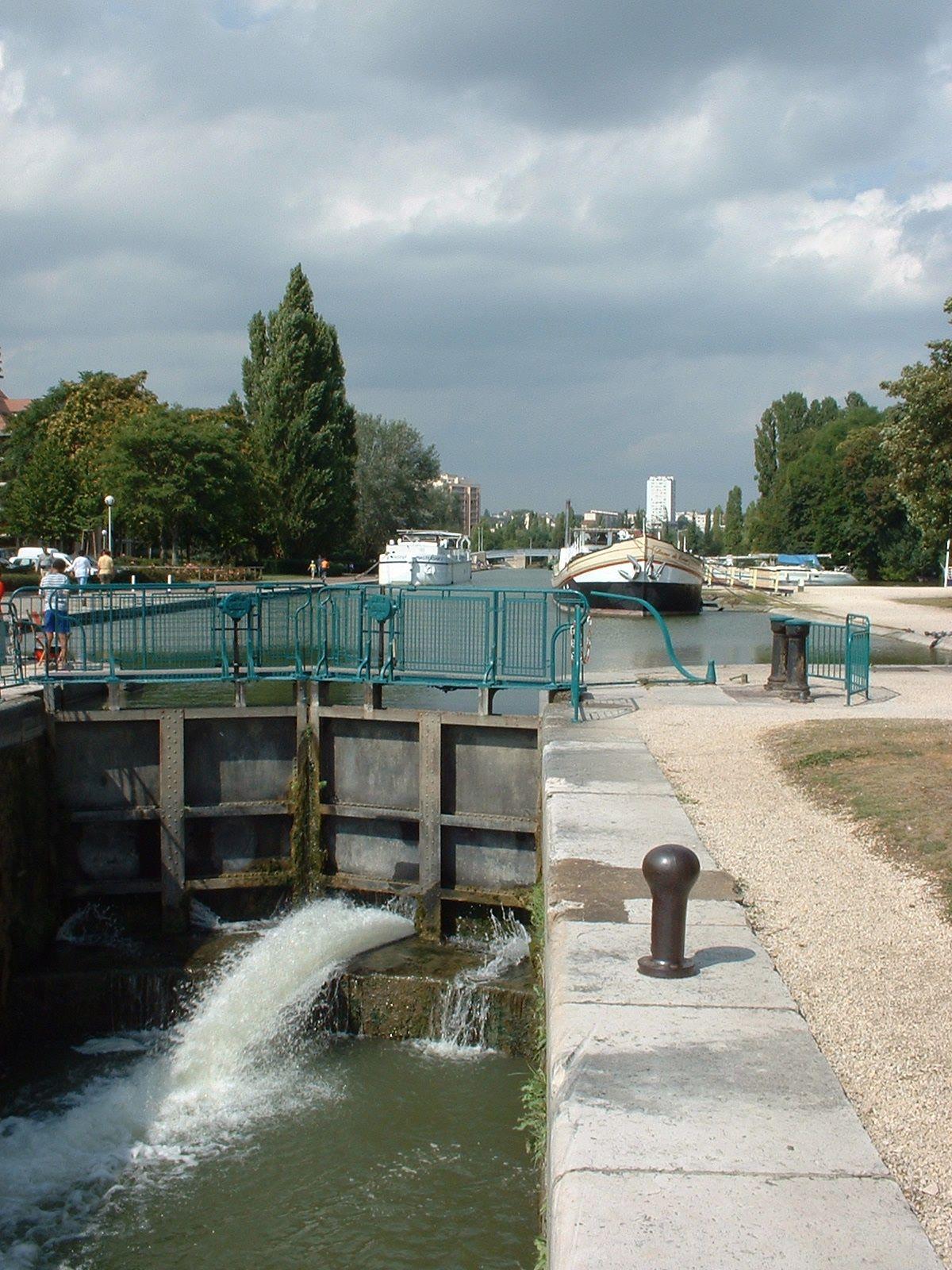 port du canal dijon